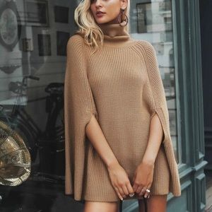 Sweaters - ✨Host Pick✨Camel Colored Chunky Knit Swing Sweater